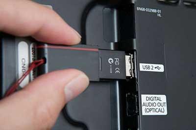 شکل1 - مشکل پورت USB در تلویزیون