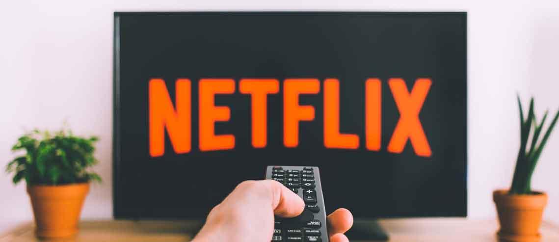 تلویزیون اینترنتی چیست